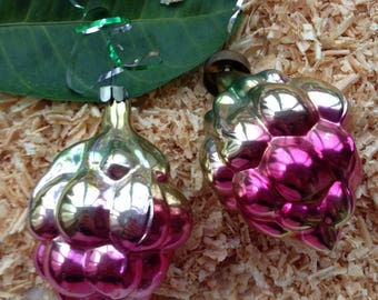 Christmas ornaments set of 2. Pine cone Christmas ornament in pink color. Christmas gift
