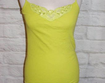 Size 10 vintage 80s cami vest top embroidery lace cutout trim lime green (HH60)