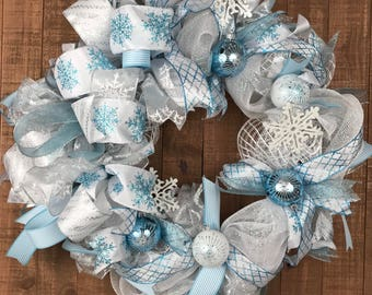 Ice Blue White Deco Mesh Christmas Wreath, Blue White Holiday Wreath, Blue Snowflake Wreath, Blue White Christmas Decor, Blue Holiday Decor