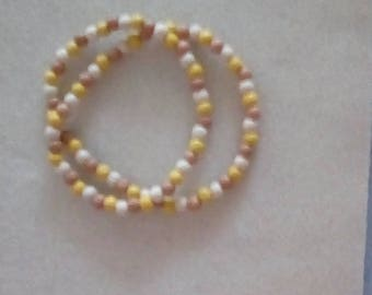 Ladies 20.5 inch Stretch Wooden Necklace.