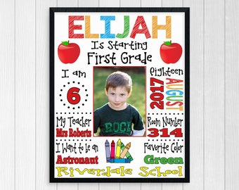 FIRST DAY Of SCHOOL Sign ~ 1st Day of First Grade Poster ~ Printable Back to School Sign ~ Printable Photo Prop ~ Digital jpeg File