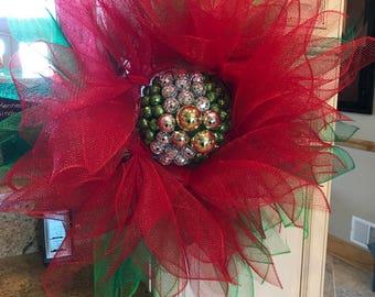 Deco Mesh Pointsetta Wreath