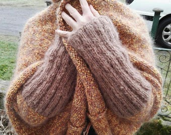 Vest/cape/coat women's knitted asymmetric hands double mohair wool and pompoms, soft and warm for winter