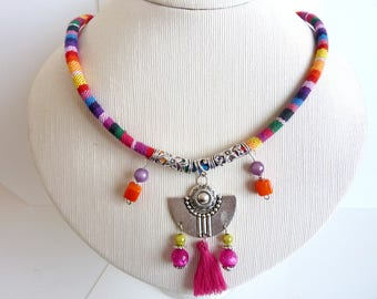Necklace ethnic multicolor bib