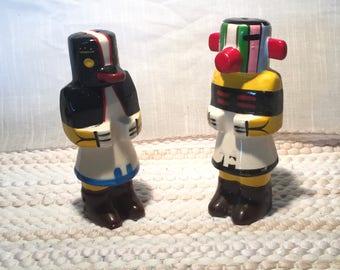 NORTHWEST TOTEM POLES Original Mid Century Salt / Pepper Shakers Retro  Alaska Indian  Figures. Red Black White 5 Inch Excellent Cond SP17-1