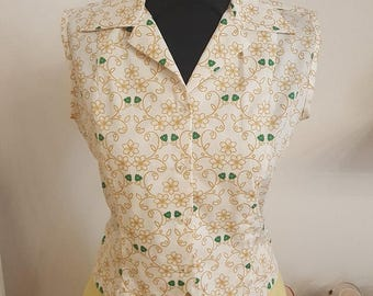 SALES 20% OFF sleeveless Blouse, screwed, microflowers green and beige