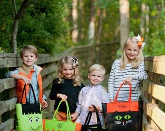 Halloween Tote Bag, Personalized Halloween Bags, Monogrammed Halloween Bag, Trick Or Treat Bag, Halloween Tote! Must have for Halloween!