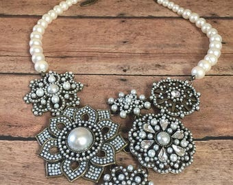 Flower and pearl bib necklace