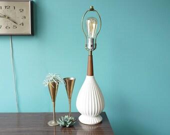 Mid Century Lamp / White Ceramic and Teak Table Lamp
