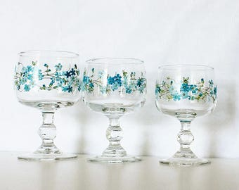 ARCOPAL French Wine Glasses -France, Veronica, Myosotis, Forget me not, Blue flowers, Retro kitchen decor, French home decor, For 2 , E626