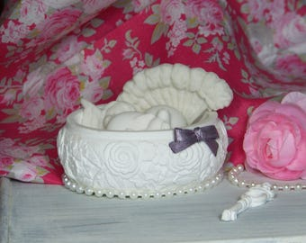 Decorative box of roses with fragrant subjects