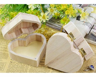 Small Unfinished Wooden Heart Gift Box