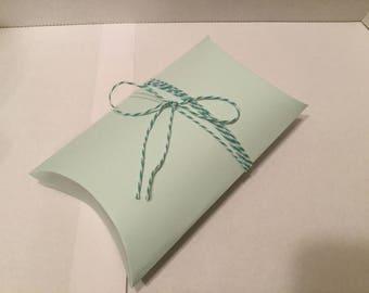 Pillow boxes, favor boxes, decorative boxes
