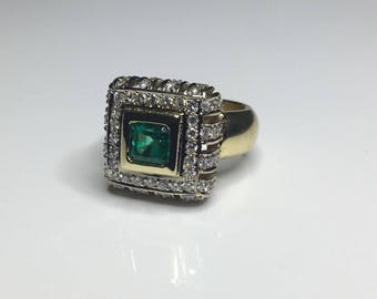 Estate 18K Yellow Gold 3.00 CTW Colombian Emerald & Diamond Cocktail Ring 15 Grams