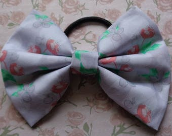 Purple Buttercup Pattern Hair Bow