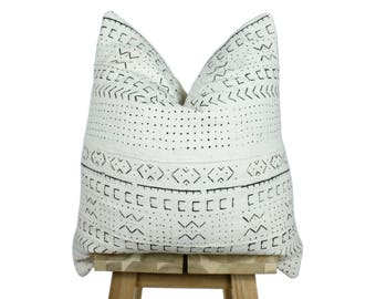 Mudcloth Pillow Cover, African Mud Cloth, Authentic Mud Cloth Pillow | Cream & Black | Ama