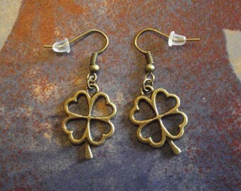 Bronze earrings - clover