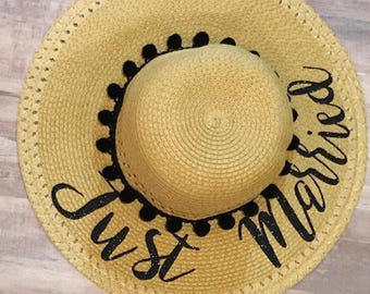 Just Married Floppy Hat l Just Married Hat l Honeymoon Hat l Customized Floppy Hat l Floppy Hat l Personalized Hat l Gifts For The Bride
