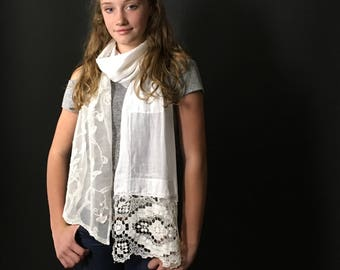 MEMORIES Long Embellished Scarf
