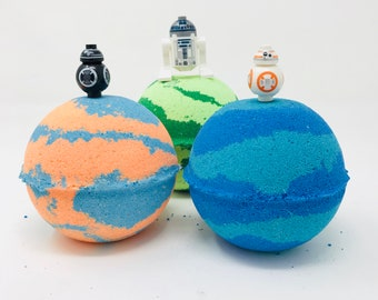 NEW! 3 7.0 oz Kids R2D2 Star Wars Block Lego Figure Set Inspired Birthday / Easter Egg Toy Surprise Bath Bomb Set