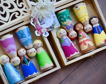Princess Gift Set, Girls Birthday Gift, Princess Peg Dolls, Princess Toys, Rapunzel Peg Doll, Merida Ariel Moana Belle Frozen Peg Dolls