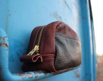 leather dopp bag   leather shaving bag   leather toiletries bag   Groomsmen gift   Husband gift   boyfriend  gift  
