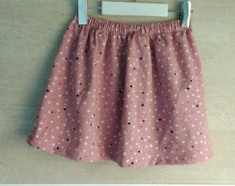 Knitted skirt with moles and hearts