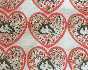 1970's Fun Cotton Fabric/unused/2Doves of peace in a floral heart