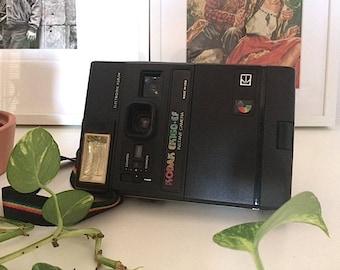 Kodak EK160-EF vintage polaroid camera