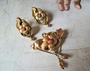 Antique Victorian Gold Coral Parure Brooch and Earrings