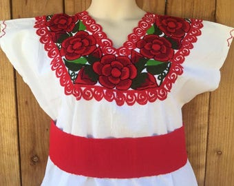 Size Large − XL Mexican Embroideredd Blouse