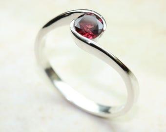 Resultado de imagen para rhodolite rings