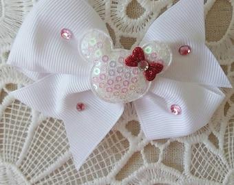 Minnie mouse Disney inspired hair bow clip