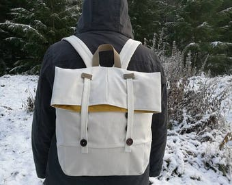 Vintage styled canvas backpack