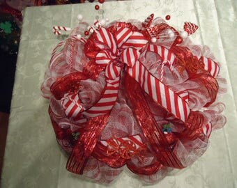 Red and white deco mesh christmas wreath