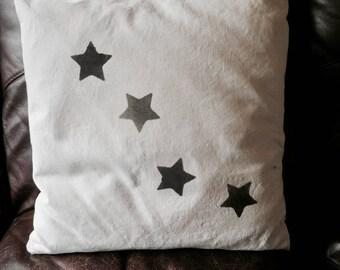 Star cushion 100% linen