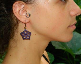 Flower macrame earrings