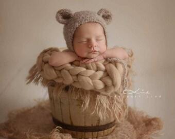 Newborn bonnet, teddy bear bonnet, bear bonnet, bonnet with ears, photography props
