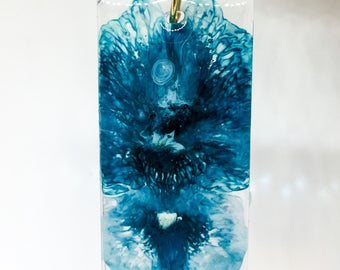 Abstract Leaf Large Resin Pendant