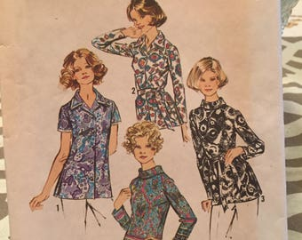 Simplicity pattern 5359 misses' and women's set of blouses size 10
