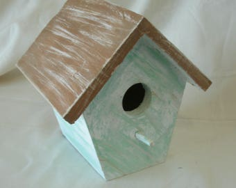 Weathered Look Birdhouse, Bird House with distressed Wood, Hand Painted and Handmade,  Perfect for Gift,  Decoration, Home and Garden