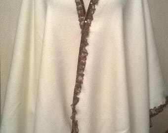 Ecru colored wool Cape and lace Brown