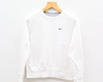 Vintage NIKE Small Logo Sportswear White Sweater Sweatshirt Size S