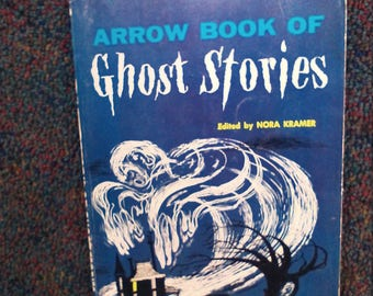 Arrow book of ghost stories by Norma Kramer, scholastic PB