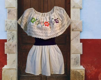 Embroidered blouse, Handmade Mexican Blouse, Blouse embroidered flowers. peasant blouse