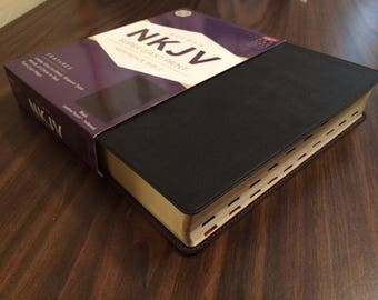PERSONALIZED ** NKJV Super Giant Print Bible Indexed - Black Leathertouch ** Custom Imprinted
