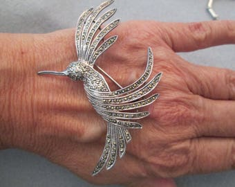 Lovely Vintage Sterling & Genuine Marcasite Hummingbird Brooch/Pin>> New old stock, never worn>> Low Pricing