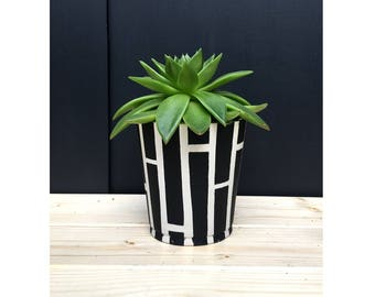 Handmade Concrete Pot / Free shipping