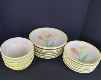 Vintage Epoch Tulip Time Yellow Dinnerware Set Rare Dinner Salad Plates Bowls
