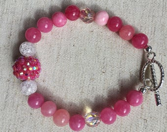 Beaded Bracelet//Pink//Toggle Clasp//Gifts//Size Extra Small